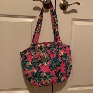 Beautiful floral Vera Bradley shoulder bag